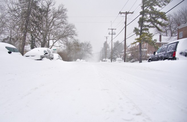 cgnews-frederick-road-blizzard-of-2016-20160123